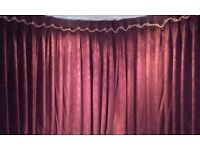 1 pair Burgundy triple lined weighted curtains with ties. Each curtain measures 400cm W ..238cm D