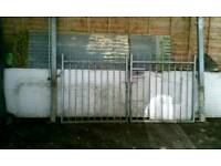 5ft Metal gates