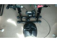 Elite Volare turbo trainer complete with riser block and skewer