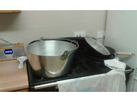 Large preserving pan