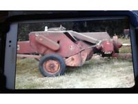 International B47 Baler for sale working order make ideal restoration . Tinwork still good.