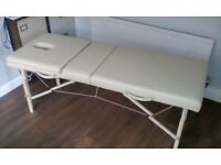 Portable, folding massage/aromatherapy/reflexology/beauty treatment couch/table