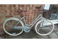 Brand new Dutch style city bike in grey