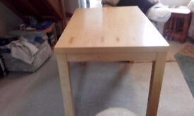 Pine Dining Table Seats Six Solid Pine . 4 Foot Long x 2 1/2 Foot Wide Excellent Condition