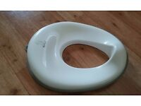 Tippitoes child trainer toilet seat white