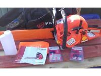 petrol chainsaw brand new 62cc £75