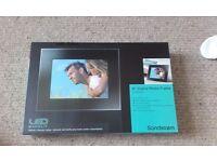 """Sandstrom 8"""" Digital Photo Frame"""