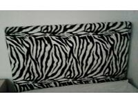 Single bed zebra headboard