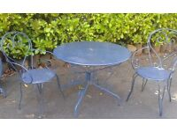 Metal garden table & 4 chairs