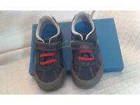 Clarks Boys Stompo Shoes Size 10E
