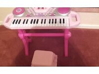 TOY Lightup Pink Keyboard and Stool
