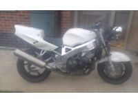 cbr 900 fireblade 97 street fighter or swaps