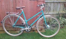 Low maintenance ladies' bicycle