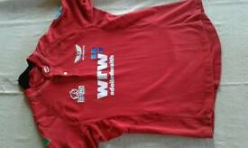 Mens xl scarlets top