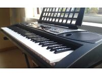Keyboard Yamaha EZ150 Easy-to-use keyboard with guide lights