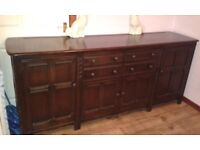 Ercol sideboard, beautiful solid piece 215cm x 55cm top, H90cm