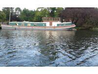 Houseboat Cruiser, Luxury Live-aboard