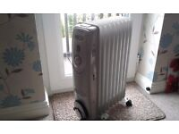 Crown oil radiator, excellent condition
