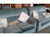 PARKER KNOLL 2 X 2 SEATER SOFAS AND ARMCHAIR GREAT CONDITION £220.00