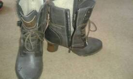 Women's grey leather mustang boots