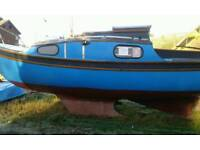 stop this boat with two outboard engines for five berth caravan