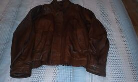 Man's Leather Jacket for sale. Excellent condition. (Large)