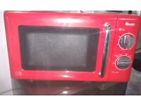 """NEW !!! MICROWAVE """" SWAN """" RED COLOR BARGAIN !!!"""