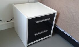 2 X BEDSIDE TABLES WHITE - AS NEW - £70(both) or near offer