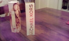 Michael mors sexy amber 100ml LARGE BOTTLE even comes with a sleeve bargin not opened never used!!n