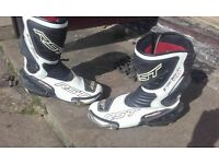 RST tracktech evo size 10 white boots