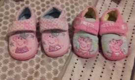 Peppa pig slippers size 5 (2 pairs)