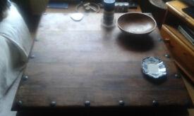INDIAN OAK TABLE