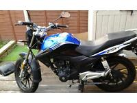 125cc motorbike perfect first motorbike £700ono