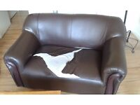 2x 2 Seater leather sofa in black leather, excellent frame, FREE collection