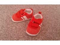 Baby boy's shoes size 2