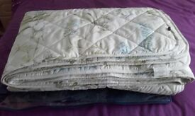 """""""Christy"""" King Size Quilt"""