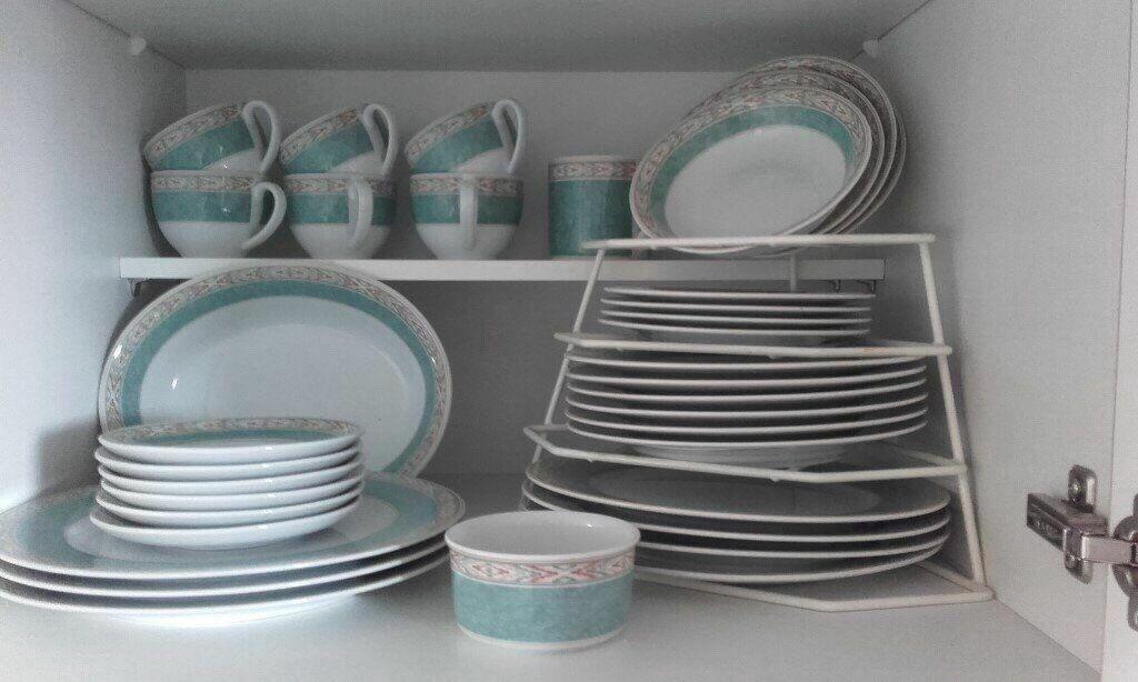 Wedgewood Aztec Pattern Porcelain Dinner Set