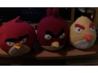3 ANGRY BIRDS & A COLLECTION OF CARS