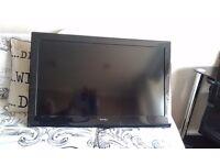 """Teknika 32"""" HD Ready Digital LCD TV"""