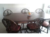 Dining set. Extendable table and six chairs