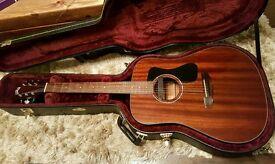 Guild Gad d-125 electro acoustic guitar with guild hardcase