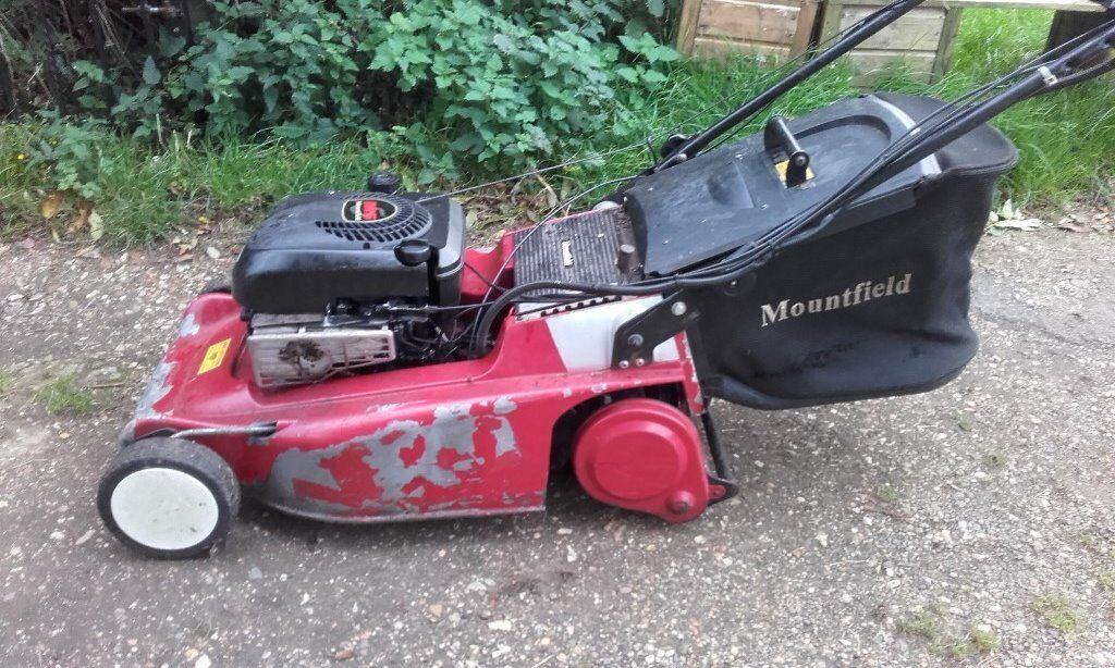 Mountfield M5 Petrol Lawnmower with Rear-Roller