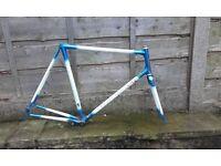Reynolds 853 road bike frame - Claud Butler Professional - webbed lugs c. 1997