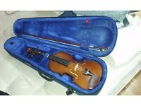 Full size violin in new condition