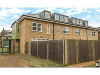 Highgate N6. *AVAIL NOW* Large, Light & Luxury 4 Bed 2 Bath Furn/Unfurn House with Garden & Parking