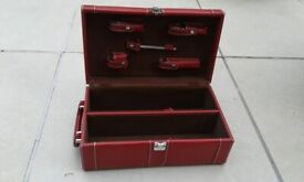 Wine carry case and tools