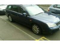 Ford mondeo ghia x estate
