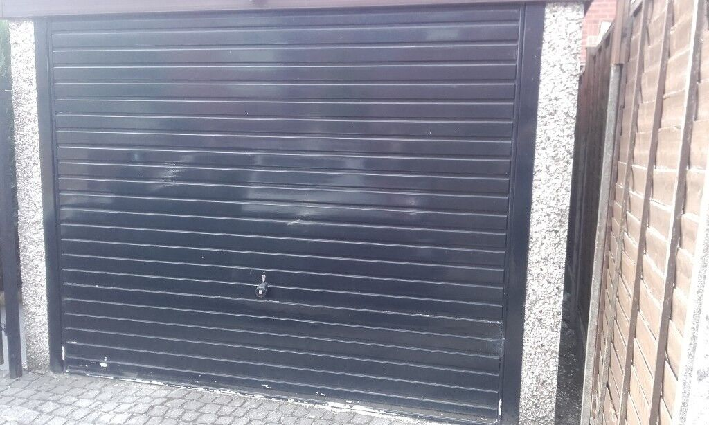 Up And Over Garage Door With 4 Point Locking System8ftx6ft66 Inch