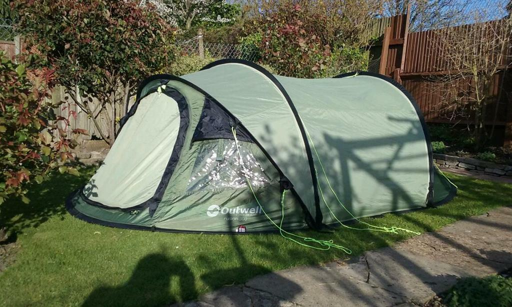 Outwell Fusion 300 Pop Up Tunnel Tent In Wembley London