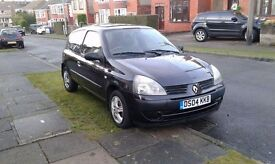 2004 renault clio hatchback low milage for sale